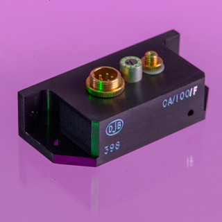 CA/100 – Miniature charge amplifier